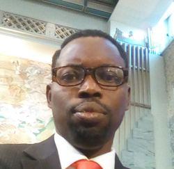 Pastor Kolade fra Nigeria vil bruke Stefanusalliansen sitt materiell for å drive undervisning i Nigeria.