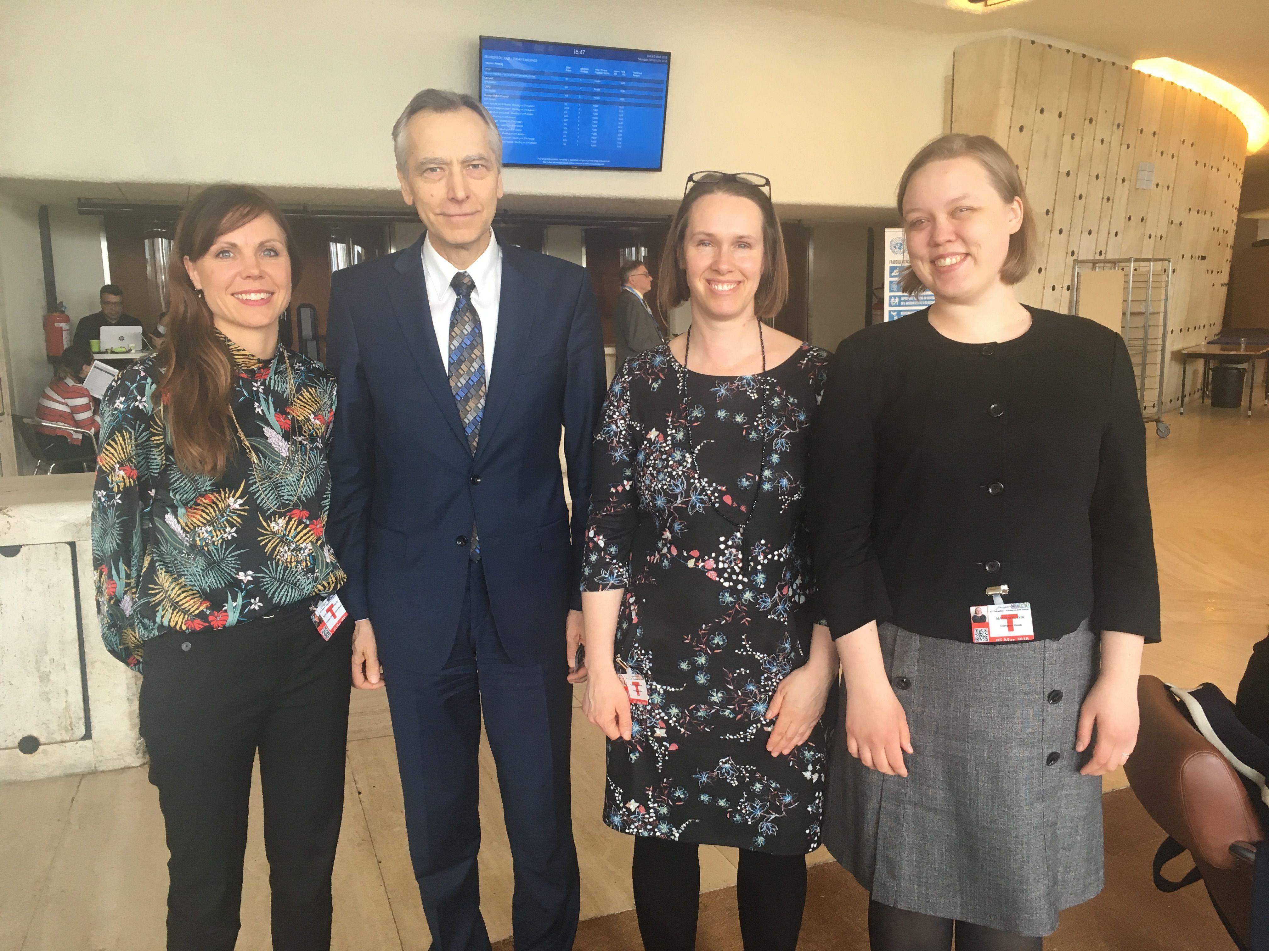 Lisa Winther fra Stefanusalliansen sammen med EUs Jan Figel og Katherine Cash fra Sverige og Tytti Matsinen fra Finland.