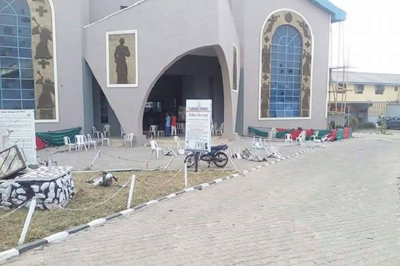 En vandalisert kirke i Kwara i Nigeria etter nyttårshelgens angrep.
