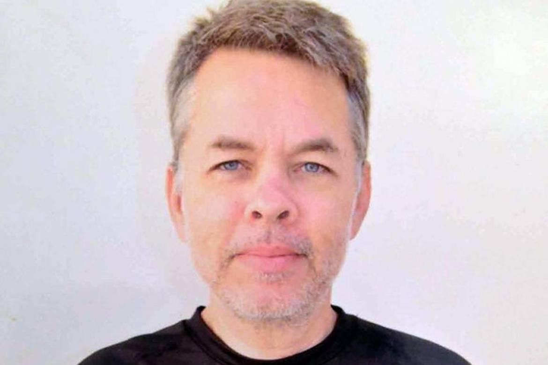 Andrew Brunson har etter 23 år som pastor, blitt tiltalt for både  terror og spionasje i Tyrkia. Hans støttespillere krever ham renvasket.