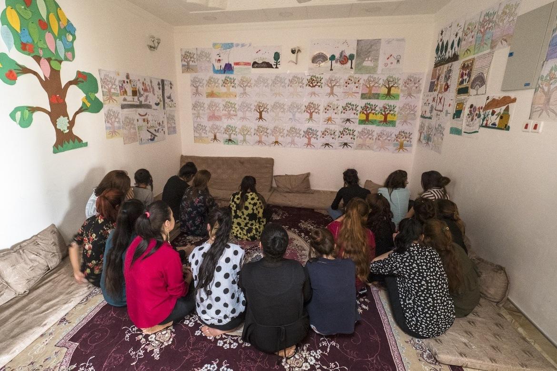 Mer enn 500 jesidi-jenter har så langt fått hjelp av Hope Center, Stefanusalliansens partner i Nord-Irak, til å bearbeide traumene etter fangenskap hos IS.