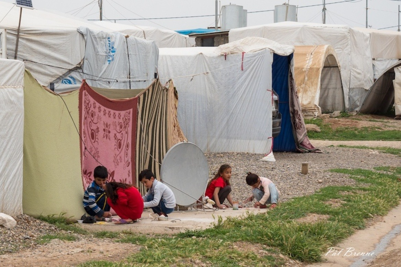 Jesidier i leire for internt fordrevne i Irak: De må ikke glemmes i kampen mot pandemien, krever CSW.