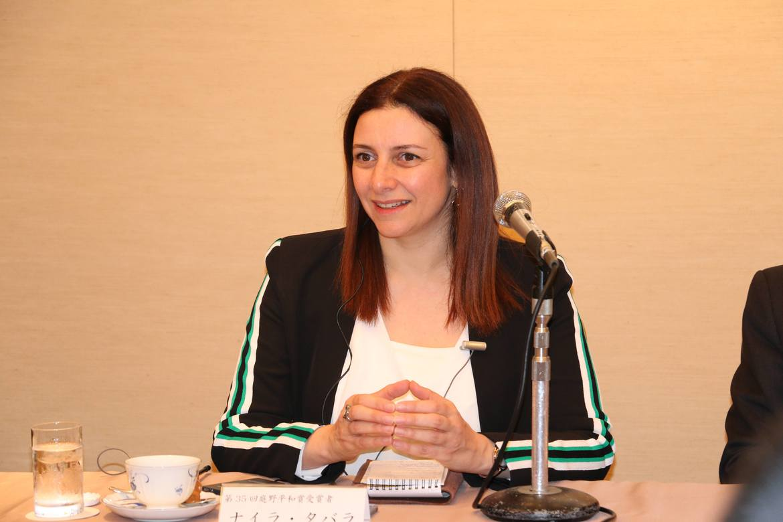 Nayla Tabbara er muslimsk teolog. Nå skal hun undervise folk i Midtøsten om trosfrihet.