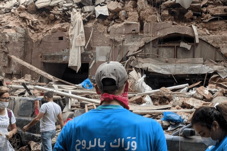 Et team fra Resurrection Church i full aktivitet i Beiruts ruiner