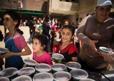 I 'søppelbyen' i Kairo driver Stefanusbarna, ledet av Mama Maggie, et viktig arbeid for å gi barn verdighet.