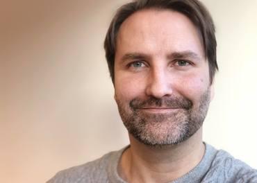 Sindre Røyland (40) starter opp som innsamlingskonsulent.