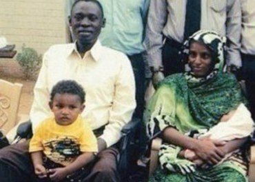 Sudanske Meriam Ibrahim ble dømt til døden for «frafall fra islam» fordi faren hennes var muslim og hun selv praktiserte kristen tro. Sudan er ett av mange land som har en lov mot konvertering. (Foto: Shareif Ali Shareif/Morning Star News.)