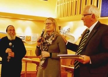 Biskop Thomas, Hilde Skaar Vollebæk og Eyvind Skeie under lanseringen av boka «I kjærlighetens sirkel», oktober 2017. (Foto: Johannes Morken)