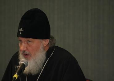 Patriark Kirill leier den russisk-ortodokse kyrkja som mislikar minoritetar.