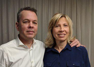Andrew Brunson risikerte 35 år i fengsel i Tyrkia, men slapp fri etter to år. Her sammen med sin kone Norine.