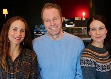 Ingelin Reigstad Norheim, Jostein Ørum og Hildegunn Garnes Reigstad står klare med en nyskrevet påskekonsert.