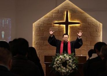 Kristne i Kina: Politiet har knebla Early Rain-kyrkja i Chengdu og fengsla Pastor Wang Yi.
