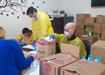 Over 280 flyktningfamilier får hjelp til mat og hygiene av Resurrection Church Beirut.