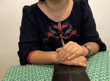 Olga er kona til en pastor i et land i Sentral-Asia.