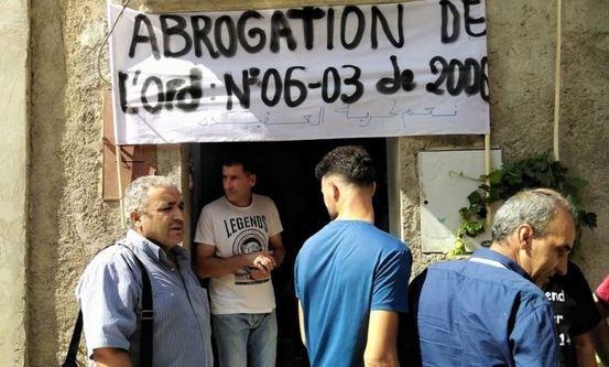 Foto: Protest mot stengning av kirke i Akbou. Morning Star News