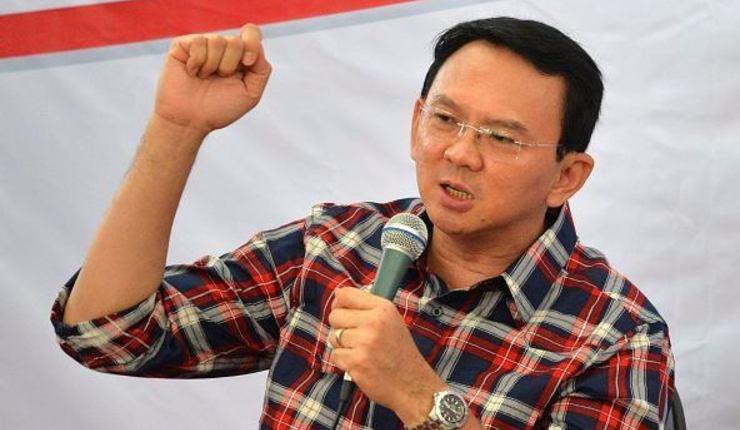 Tidligere guvernør Ahok går uskyldig i fengsel for å dempe gemyttene i en opphetet strid.