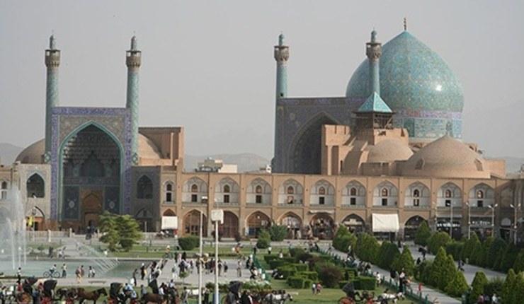 Foto: Sjah-moskeen, Ishafan. Wikimedia / Patrickringgenberg