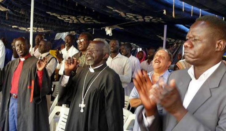 Foto: Felleskirkelig bønnemøte i Sudan. Morning Star News